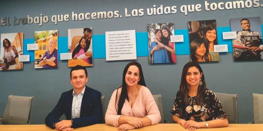 2019  El equipo legal de DaVita Colombia